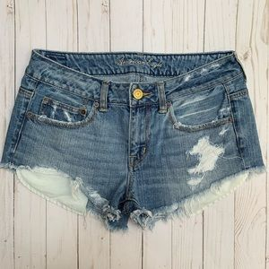 AEO Distressed Destroyed Raw Cut Off Jean Shorts